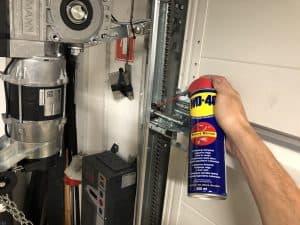 Dvižna garažna vrata: Nasveti za vzdrževanje
