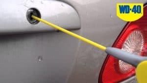 Zamrznjene ključavnice in vrata avtomobila