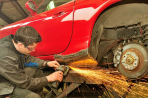 poprava pleha avtomobila z rjo